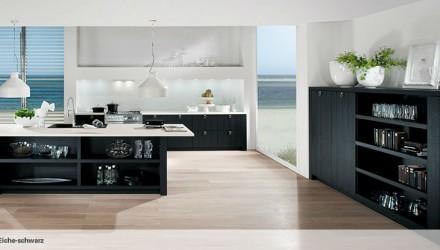 6021 – Küche in Schwarz-Weiß