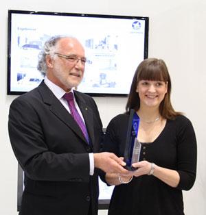 Aline Haase bekommt den Stiftungspreis 2013